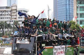 Desak Jokowi Batalkan Omnibus Law, 6 Ribu Mahasiswa Kepung Istana Besok