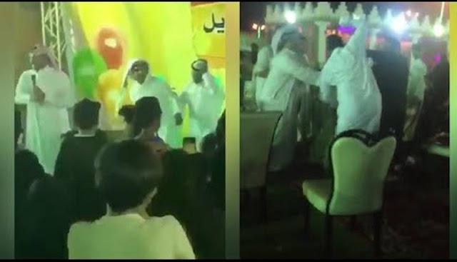 ضرب المنشد و فرقة الرقص في مهرجان رفحاء للترفيه