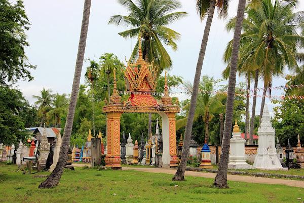 Templo Wat Khon Tai (Don Khon, Si Phan Don, Laos)