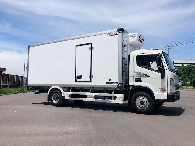 Xe tải Hyundai EX8 thùng đông lạnh