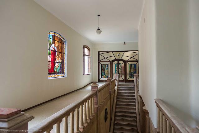 Outras três fotos do interior da Santa Casa