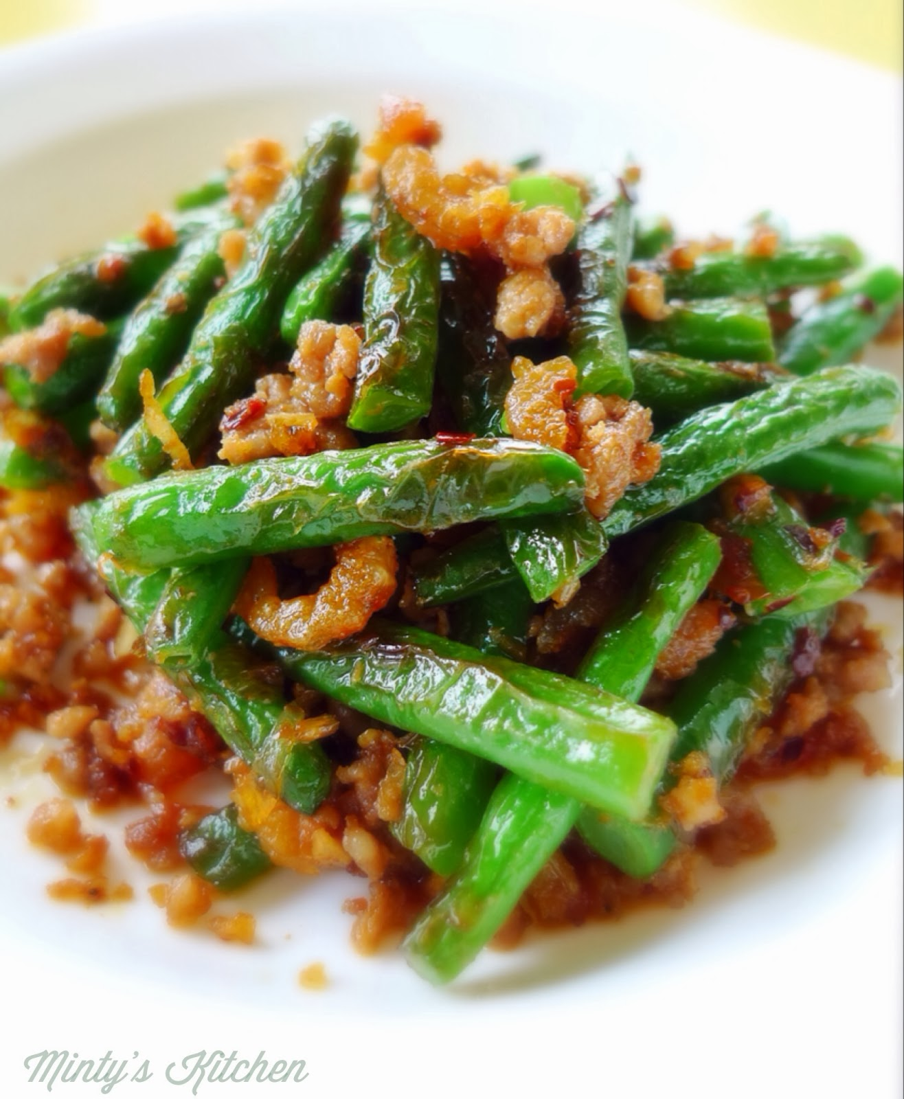 Minty's Kitchen: Fried Green Beans With Minced Pork & XO