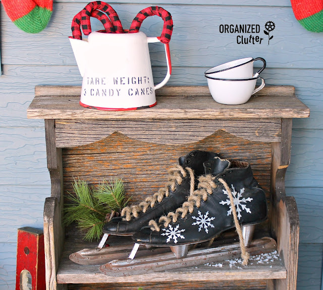 2019 Rustic Christmas Covered Patio Junk Decor #RusticChristmas #oldsignstencils #farmjunk #farmtools #farmsequipment #plaid #buffalocheck #outdoordecor