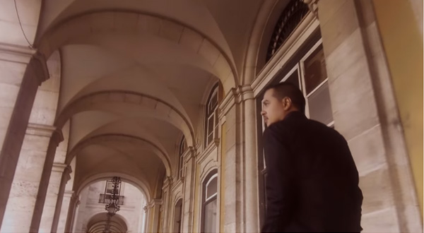John lloyd Cruz makes a special appearance in the video.