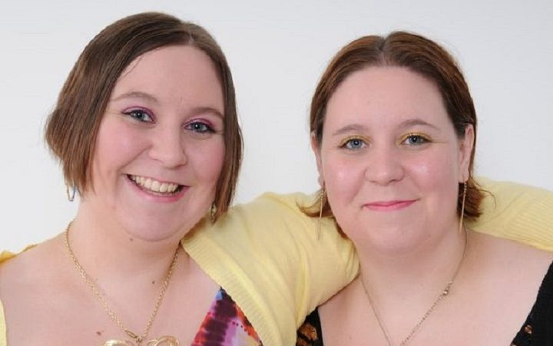 Twins, 37, who both worked as nurses die after both being diagnosed with coronavirus