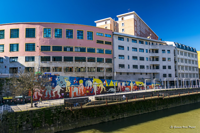 Mural Supervivientes Violencia Machista, por Ruth Juan - M. Merced, Bilbao por El Guisante Verde Project