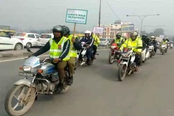 faridabad-police-sadak-suraksha-saptah-for-traffic-rule-awareness