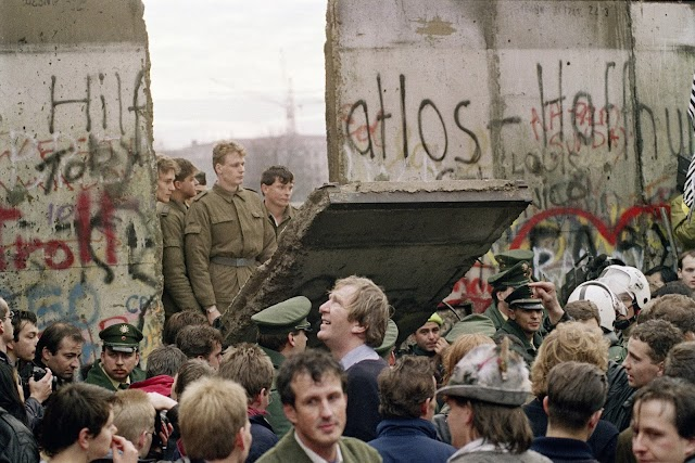 #BerlinWall :The nightmare was over !
