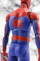 MAFEX Spider-Man (Peter B Parker) 23