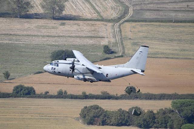 Italian C-27J air drop