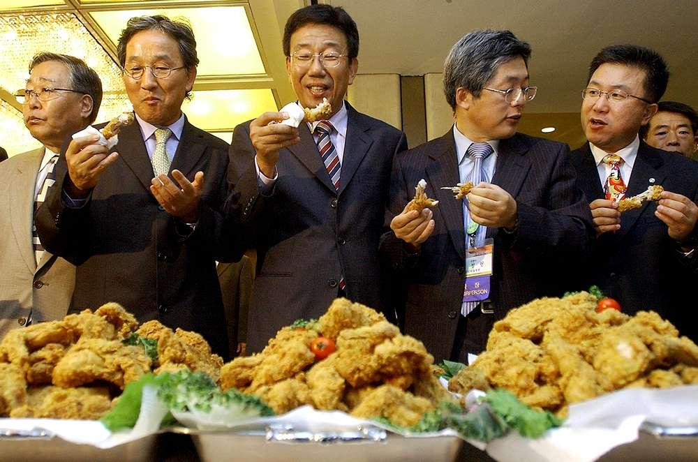 Ayam Goreng Makanan Favorit di Korea Selatan (fortune.com)