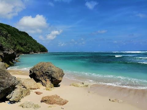 Wisata Pantai Greenbowl Bali : Harga Tiket, Aktivitas, Fasilitas Umum, Jam Buka, Lokasi, Review