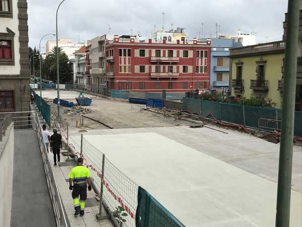 El PP alerta de la inseguridad, suciedad e insalubridad permanente  de la AV. Primero de Mayo generada por la mala gestión del aparcamiento subterráneo de San Bernardo