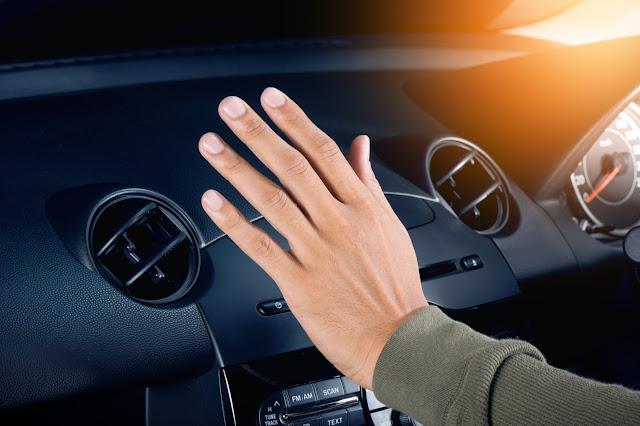 La climatisation de la voiture ne refroidit pas