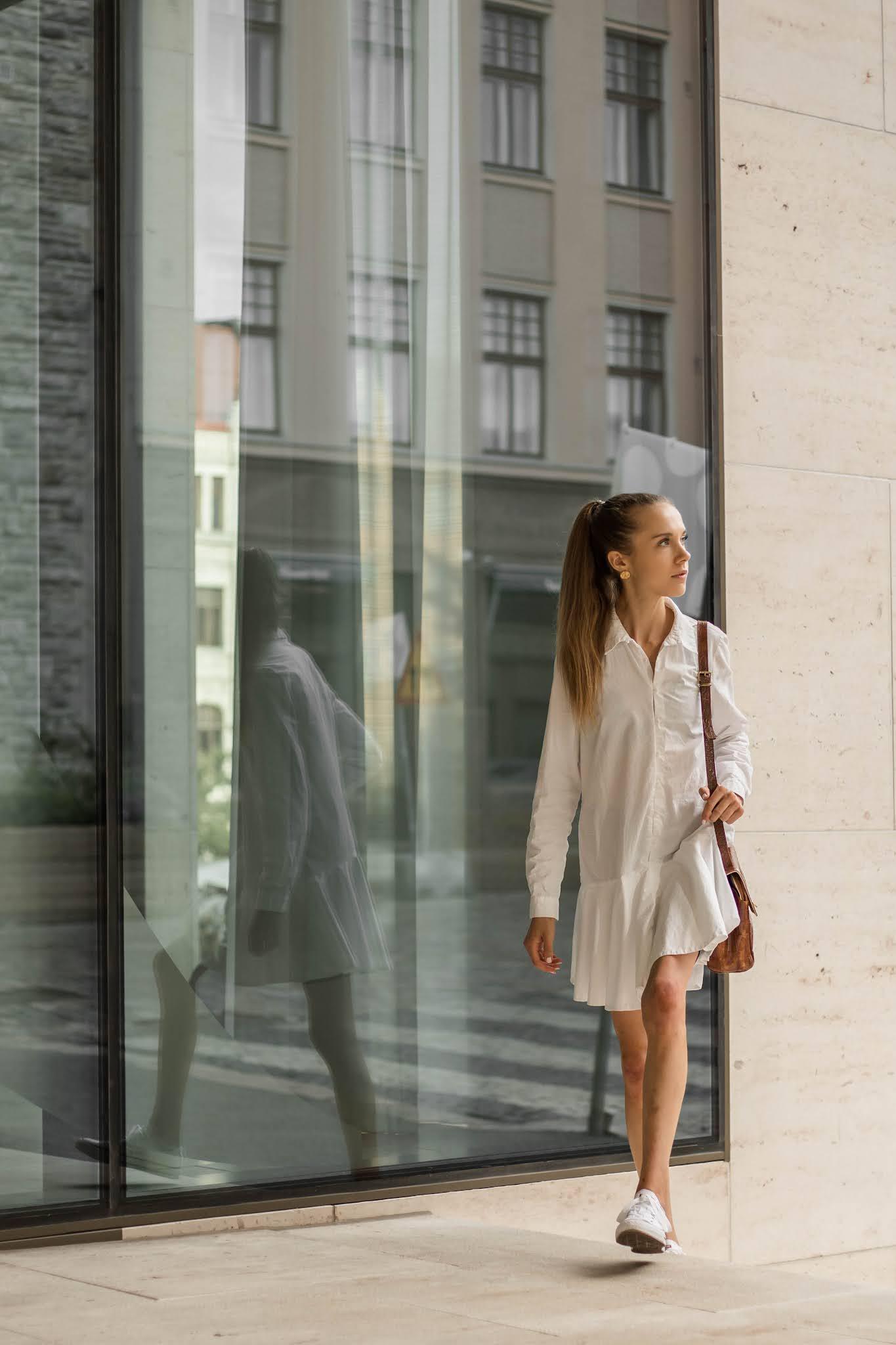 Valkoinen paitamekko Zara // white shirt dress