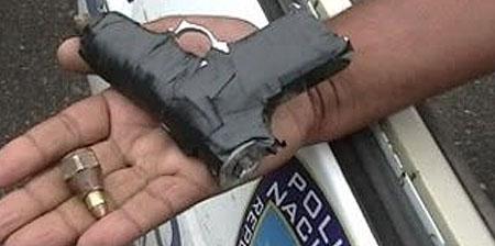 Hombre se hiere de bala de forma accidental en Pimentel