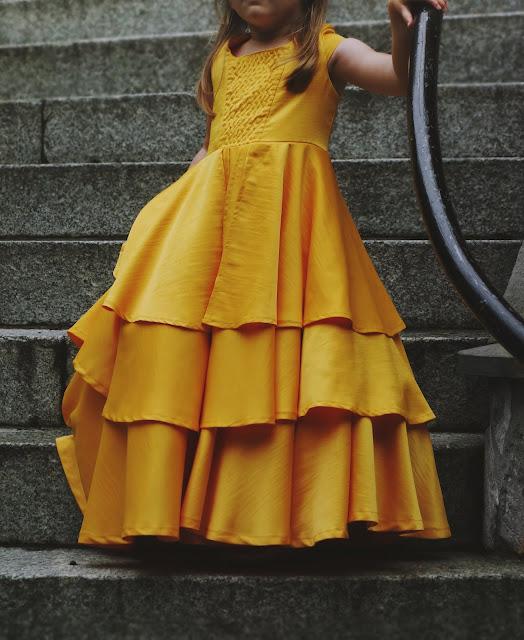 jak uszyć sukienkę balową