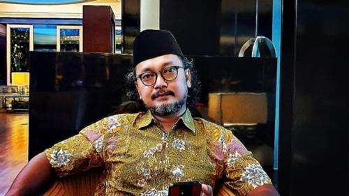 Sebut Penggalangan Dana Kapal Selam Pansos, Guntur Romli: Bayarkan Saja Uang Nasabah Investasi Bodong 212 Mart!