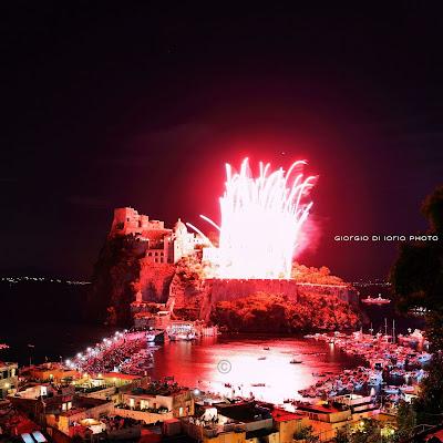 Canon EOS 5D Mark II, Cartaromana, Click Beautiful Ischia, Festa di Sant' Anna, foto Ischia, fotografia, Incendio del castello, Ischia, Ischia Ponte, mostra fotografica,