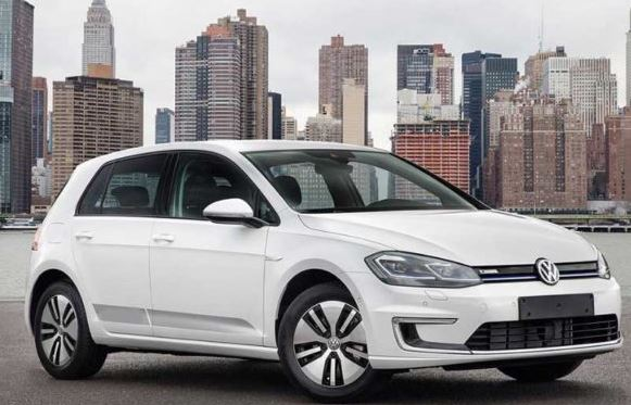 Volkswagen e-Golf DSG 2019 full view
