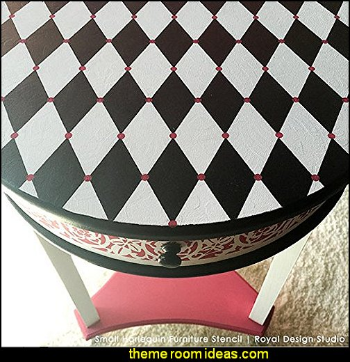 Harlequin decor - diamond design  - Harlequin pattern decorating - diamond pattern decor - harlequin stencils - Geometric wall stencils - Harlequin Furniture Stencil  -  Harlequin wallpaper -