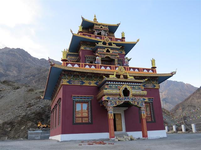 Gue - Mummy & Monastery