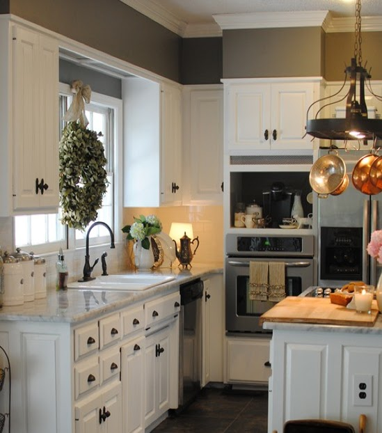 Southern Kitchen: A Touch Of Southern Grace : I'm Dreaming Of A White Kitchen