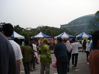 Muslim in Bazaar