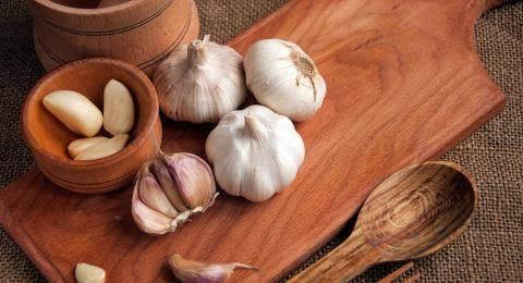 Cara Mengolah Bawang Putih Untuk Benjolan Payudara