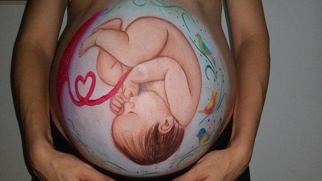 Menariknya Aktivitas Bayi Dalam Kandungan