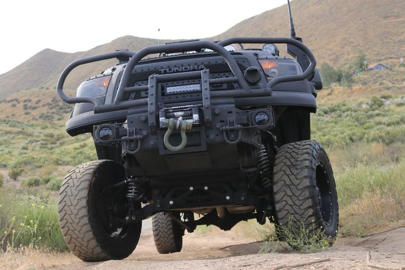'Quái thú' Toyota Tundra với gói trang bị TRD Off-Road