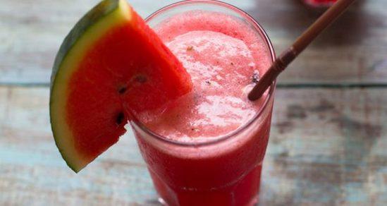 Suco funcional de melancia, chia e beterraba