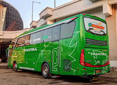 Foto Bus New Shantika Green Star