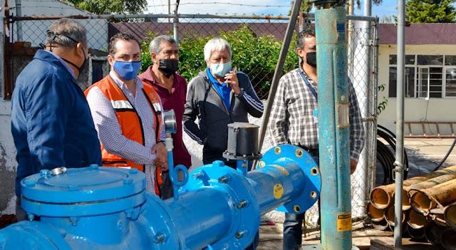 SOSAPACH sustituye bomba de agua en Manantiales