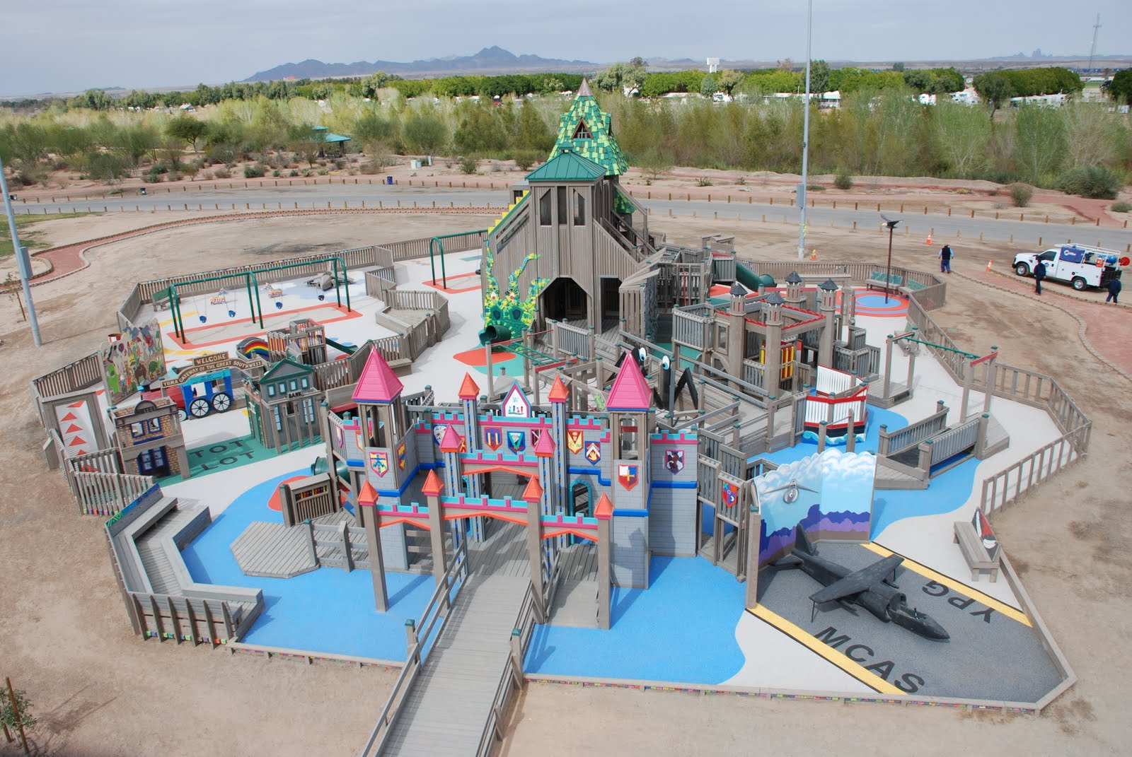 Mighty Lists 10 Amazing Playgrounds