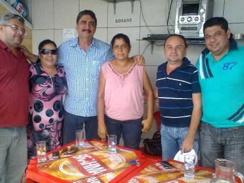 Marcos Rogério, Dona Mercia, Tom Maroja, Vereadora Sonia, Ronaldinho e Preto Vereador reunidos em Itabaiana