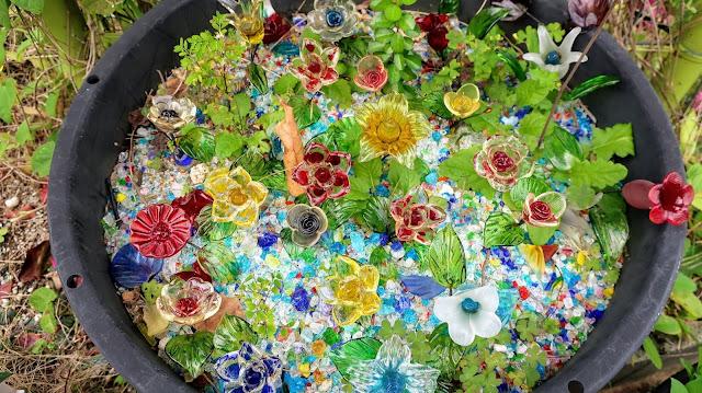 沖縄 森のガラス館