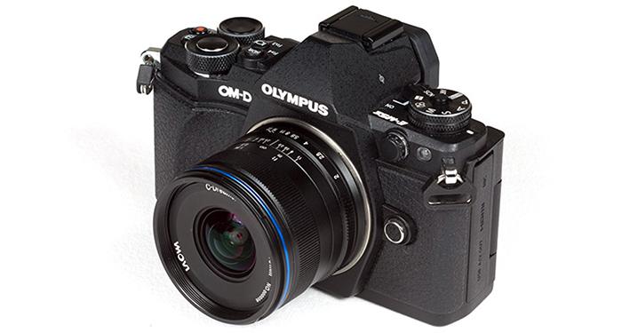 Объектив Laowa 7.5mm f/2.0 на камере Olympus
