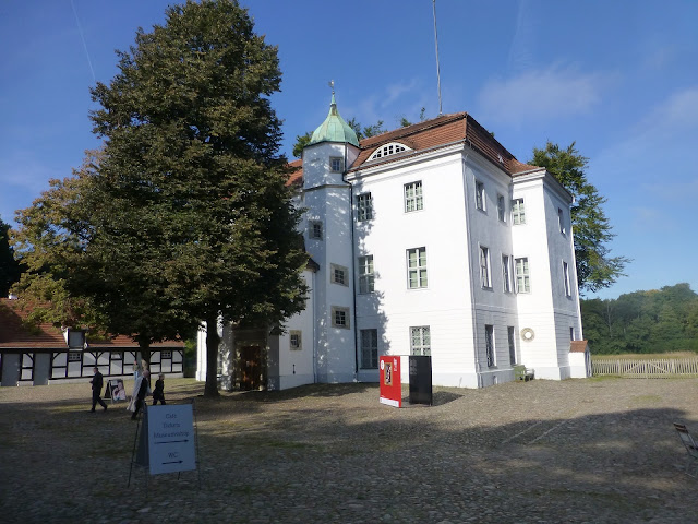 グルーネヴァルト狩猟館、、夏のベルリン観光地
