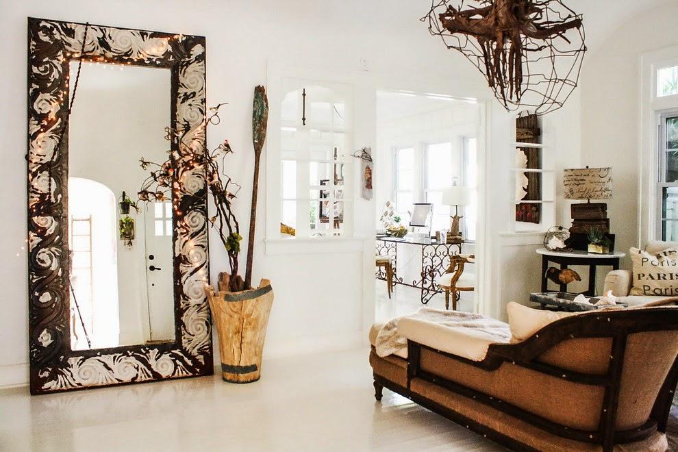 Natura w białym domku, wystrój wnętrz, wnętrza, urządzanie domu, dekoracje wnętrz, aranżacja wnętrz, inspiracje wnętrz,interior design , dom i wnętrze, aranżacja mieszkania, modne wnętrza, biała wnętrza, styl skandynawski, scandinavian style, styl rustykalny, shabby chic, retro, salon, lustro