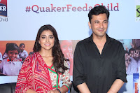 Shriya Saran and Meenakshi Dixit Pos at Quaker Feed A Child Campaign  0015.jpg