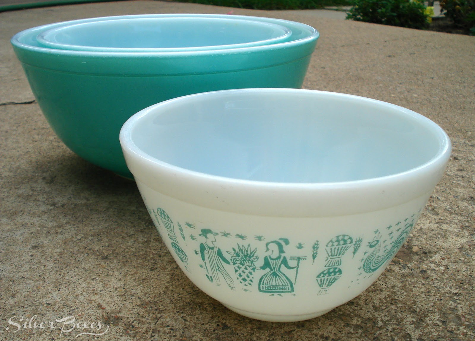 Vintage Pyrex A Guide to Pyrex