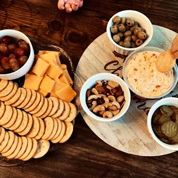 Holiday Homemaking Tips and Creating A Family Friendly Charcuterie Board