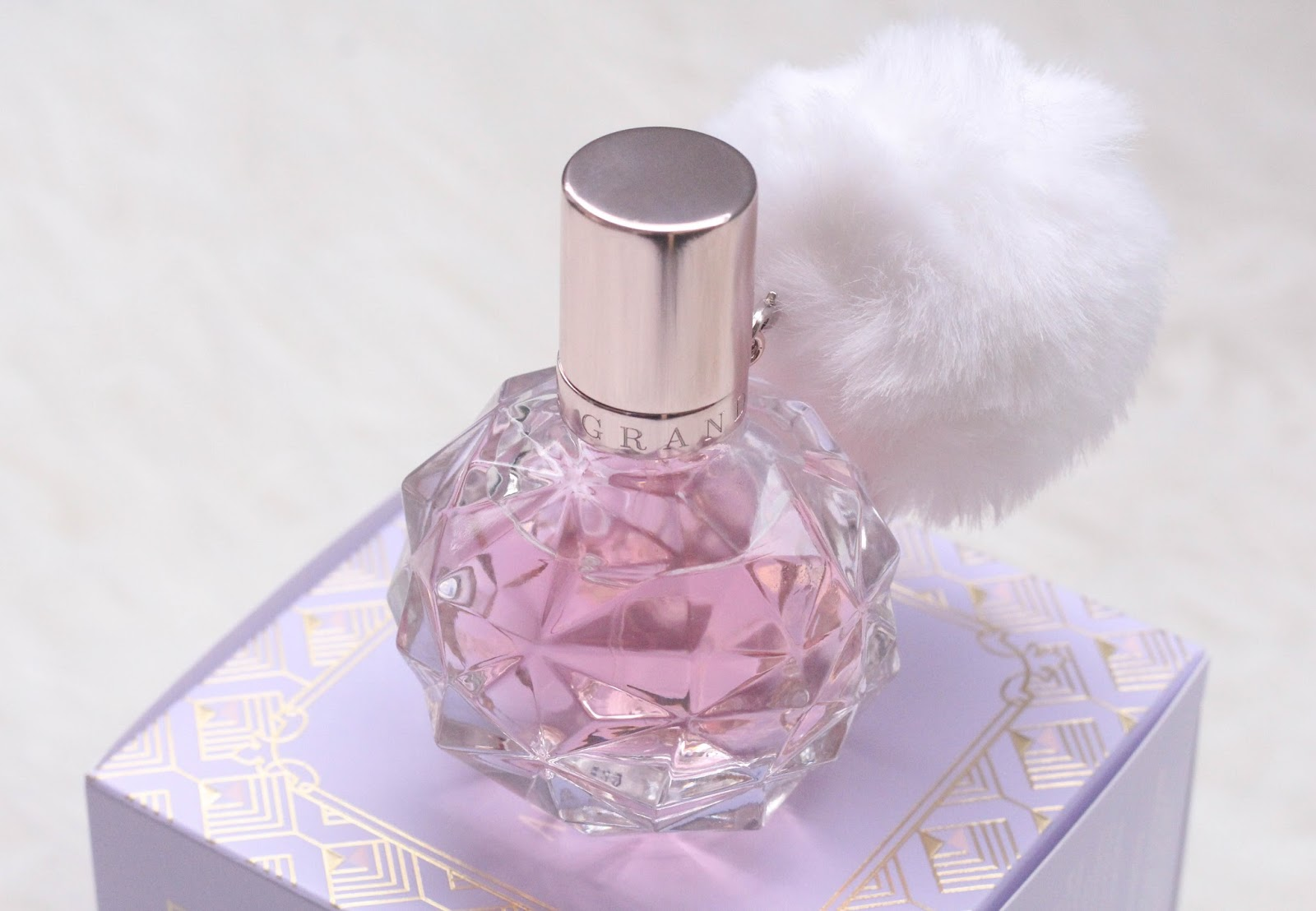 Parfüm Ari Perfume By Ariana Grande Review Another Kind Of