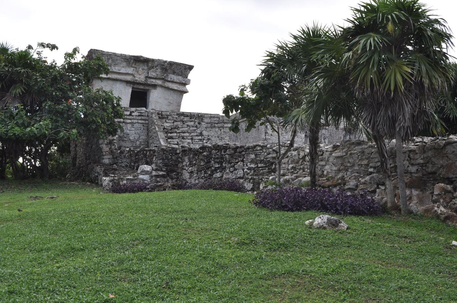 Foto Templo del dios descendente Tulum