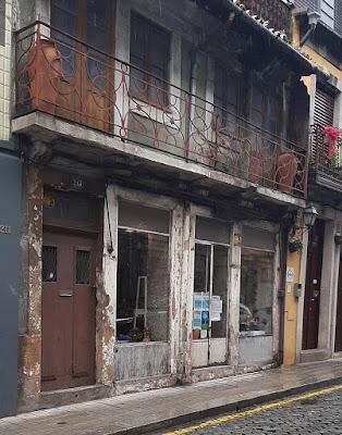 Fachada da loja Canjirão Artesanato