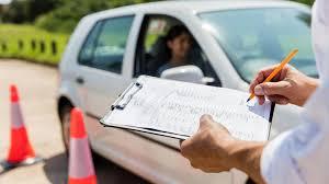 Διπλώματα οδήγησης: Επανέρχεται για έξι μήνες το προηγούμενο καθεστώς