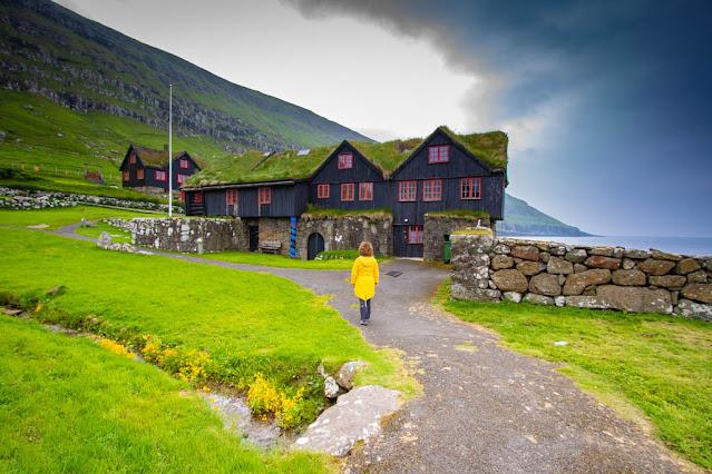 Kirkjubøur-Roykstovan farmhouse