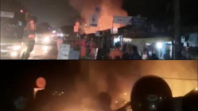 (Video) Api Hanguskan Mobil dan Rumah di Katibung, Dua Orang Alami Luka Bakar