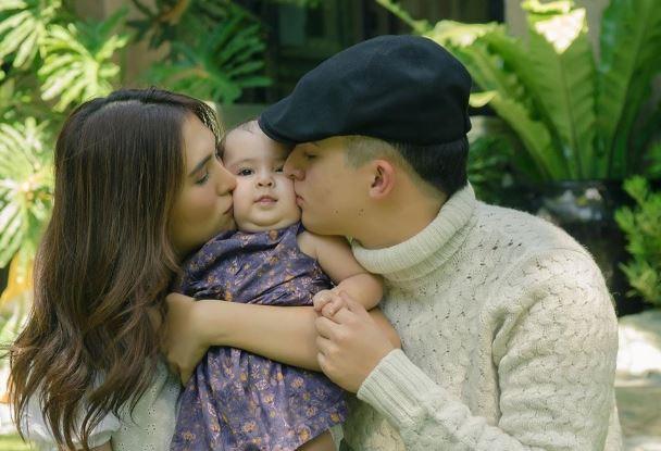 Sofia Andres shares photo with Daniel Miranda and baby
